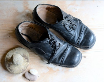 Shoes, Leather Shoes man, Black shoes size 10, Oxford shoes, s shoes, Wedding shoes, Lace up shoes, Style shoes, Shoes retro, Gypsy style
