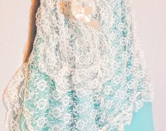 Lace Vintage Apron with Pocket and Satin Bow -Folk white Lace Apron, 1970 Retro Pinup Bridal Lingerie Victorian Style Apron- Prairie Apron