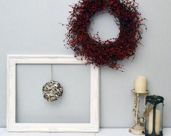 Christmas Wall Decor, Winter Wall Decor, Berry Wreath For Home, Winter Decorations, Christmas Berry Wreath