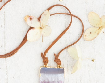 Leather and Amethyst Pendant Necklace, Amethyst  and Leather cord Necklace, Statement Necklace