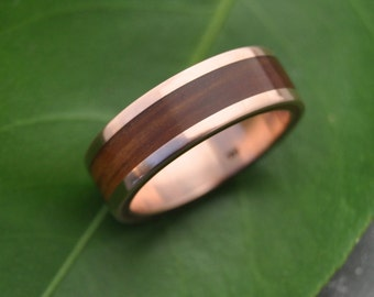 Rose Gold Wood Ring Lados Guayacán - ecofriendly wood wedding band, 14k recycled rose gold and wood wedding ring, mens red gold wood ring