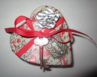 aLtErEd aRt mY OnE TruE lOVe TriNkEt BoX KeY to my HeArT VaLeNtiNe NoiR
