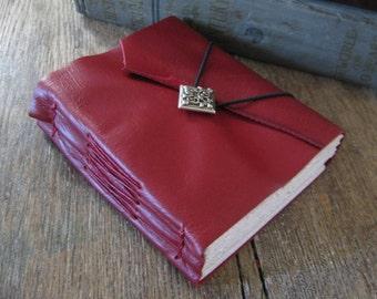 Leather Journal . Shakespeare in Love - Love Sonnet 116 . handmade handbound . red  (320 pgs.)