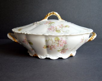 Oval Haviland Limoges Casserole with Lid MADE IN FRANCE Large Antique Fine China Serving Dish Vegetable Casserole Bowl with Lid Pink Floral