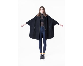 CAPE wool PENDLETON black vintage jacket coat Pockets oversize Free Size / Small / Medium / Large better Stay together