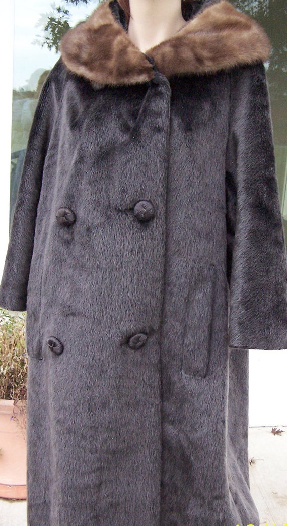 Vintage  faux fur swing coat by Brazotta , silver gray with mink collar, size medium to large