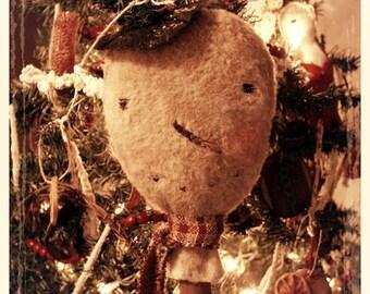 Primitive Snowman Make Do