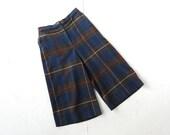 Vintage Culottes / Plaid Pants / Gaucho Pants / 70s Pants / 27W Small