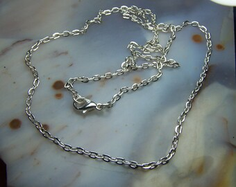 18 inch silver chains - silver plated curb oval link sturdy chains - 3 x 2 mm - lead nickel free alloy - lobster clasp finished 1 10 100