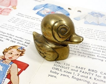 Vintage Brass Duck | Mini Baby Duck | Small Paperweight | Retro Home Decor Accent | Farm Animal | Metal Bird | Desk Accessory | Bird Statue