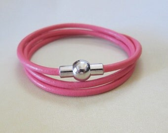 Leather Triple Wrap Bracelet / Choice of Color / 3MM