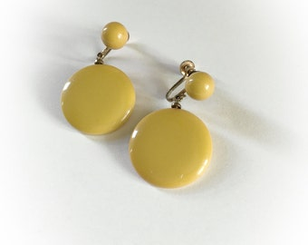 Vintage Pea Green Bakelite Dangle Earrings Screw Backs