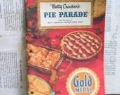 1957 Betty Crocker Pie Parade Paperback