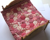 RESERVED peony235 Dollhouse Miniature Patchwork Quilt in 12th Scale - Pink Hexagons