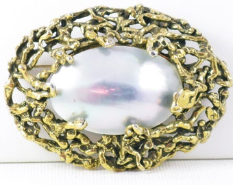 Vintage Gold Tone Large Mother of Pearl Brooch Sash Pin (B-1-6)