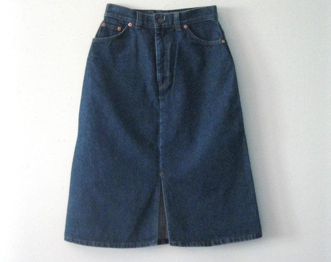 Vintage 80s Levi's denim skirt / orange tab Levis straight line Hipster Boho jean skirt