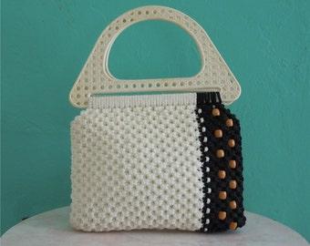 70's macrame handbag // white wood beaded handbag