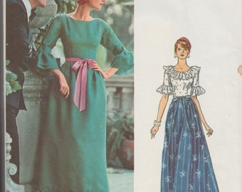 Vogue 1055 / Vintage Designer Sewing Pattern By Sybil Connolly / Couturier Design / FullLenght Dress Gown / Size 12 Bust 34