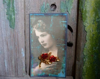 Vintage 1950's Red Rose Spray Gold Tone Brooch Pin, Handmade Victorian Lady Card Display