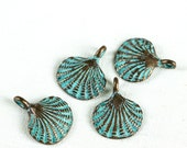 4 Green Patina Scallop Shell Metal Charms, Verdigris, Greek Mykonos Small Casting Charm 15 mm