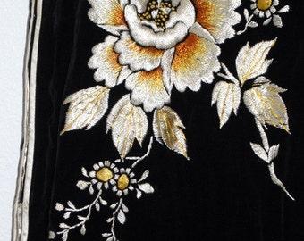 Vintage Black Velvet Cheongsam Japan Embroidered Dress S