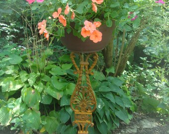 Greco-Anthemiom Plant Stand to set on Deck, Steps or Porch