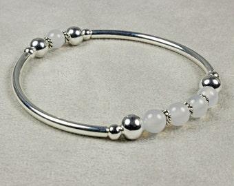 White Stretch Bracelet - White Agate Bracelet - Silver Bracelet - Stretch Bracelet - Silver Stretch Bracelet - Silver Bangle