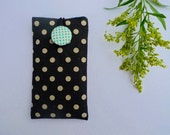 Vintage Feel Phone Sleeve, iPhone Case, iPhone Cover, Smartphone Sleeve - Black and White Polka Dots