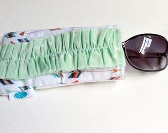 Ruffled Sunnies Case Multi Colored Arrow Print with Mint Triangle Ruffle Glasses Case Ladies Sunglasses Case Accessories Padded Glasses Case