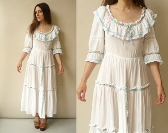 1970's Vintage Victorian Style Bohemian Cheesecloth Folk Maxi Dress Size Small