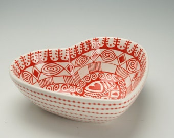 Heart Shaped Deep Bowl Bohemian Red and White Serving Bowl Dinnerware