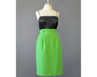 SALE - Pencil Skirt Green Skirt 70s Skirt Knee Length Skirt Green Mini Skirt 1970s Skirt Secretary Skirt Fitted Skirt