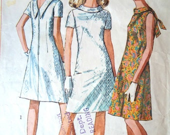 Vintage 1960s Simplicity Stand Collar V Back Mini A Line Dress Sewing Pattern B 36 Free UK P&P