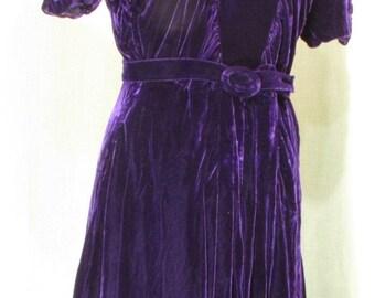 """Vintage 1930s Dress Royal Purple Silk Velvet Belted Vintage 1930s Fashions 38"""" Bust / 32"""" Waist Med"""