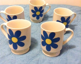 60's 5 MOD Coffee Cups. Groovy Flower Power design Mugs. Danish Modern. Eames era. Made in Japan.  Mid century. Mod Panton.