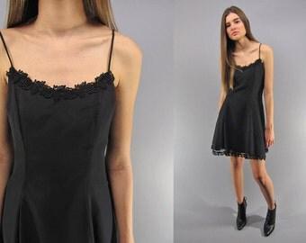 Vintage 90s Chiffon Skater Dress, Party Dress, Crochet Lace, Sweet Heart Neckline Δ size: xs / sm