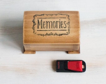 Memory 8GB Engraved Box Personalized Wedding Gift USB Flash Drive Custom Groomsmen / Bridesmaid Memmory Gift Best Birthday Gift