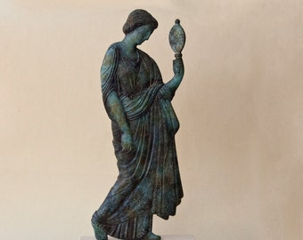 Metal Bronze Woman with Mirror Sculpture Statue, Ancient Greek Art, Sculpture Art, Unique Art Gift, Greek Decor, Greek Sculpture Museum Art