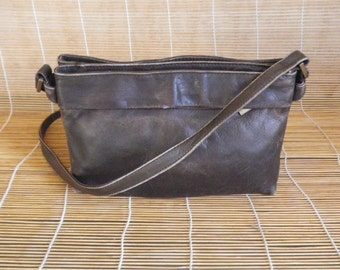 Vintage Dark Brown Leather Small Size Shoulder Strap Bag Purse