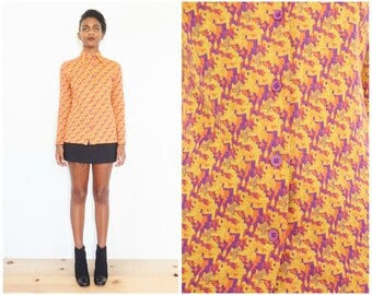 70s Abstract Long Sleeve Fitted Button Down Shirt