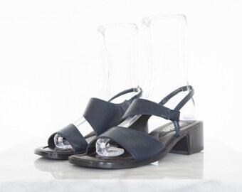 90s Navy Vegan Leather Stacked Heel Sandals / Women's Size 7.5 US - 38 Eur - 5.5 UK
