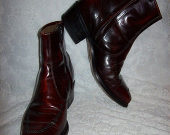 Vintage 1960s Men's Brown Leather Beatles Boots Size 7 Hipster Mod Only 15 USD