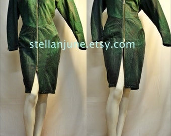 Vintage north beach leather dress Malachite Green MICHAEL HOBAN leather long Sleeve leather Zip Front DRESS!! Size 6 harley moto style
