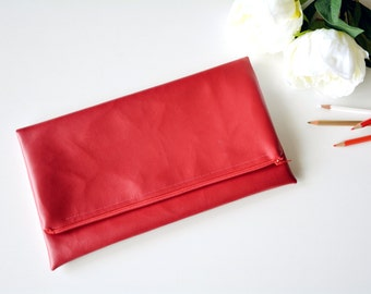Red clutch, vegan leather clutch, red purse,faux leather clutch, leather clutch, red bag, gifts for her,summer bag,bridesmaid clutch