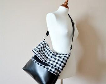 Black and white gingham shoulder bag, crossbody bag, vegan leather bag, gingham bag, messanger bag, hobo bag, foldover bag,