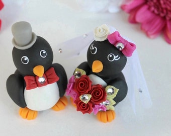 Penguin wedding cake topper, love bird cake topper, custom bride and groom, personalized cake topper with banner