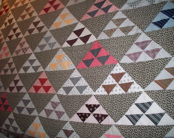 Vintage  Quilt Top -  1890-1900  - Unfinished -  Quilting Vintage - Half Square Triangles - Lovely Vintage cotton Fabrics - Antique Quilt
