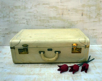 Vintage Suitcase Travel Luggage Decor, Vinyl Luggage Wedding Card Holder Wishing Well, Vintage Hard Shell Light Mustard Cream Suitcase.
