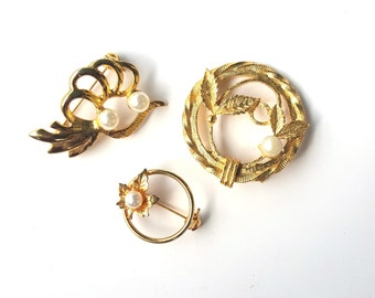 Vintage Set of Three Gold Tone and Faux Pearl Leaf Brooch Pins