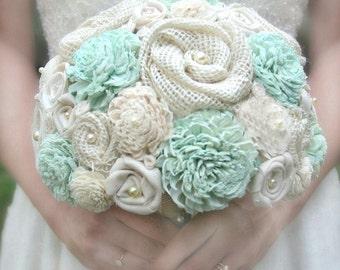 Mint Bridal Bouquet // Mint Green, Wedding Bouquet, Bridal Flowers, Wedding Flowers, Sola Flower, Burlap, Bride Bouquet, Keepsake Bouquet